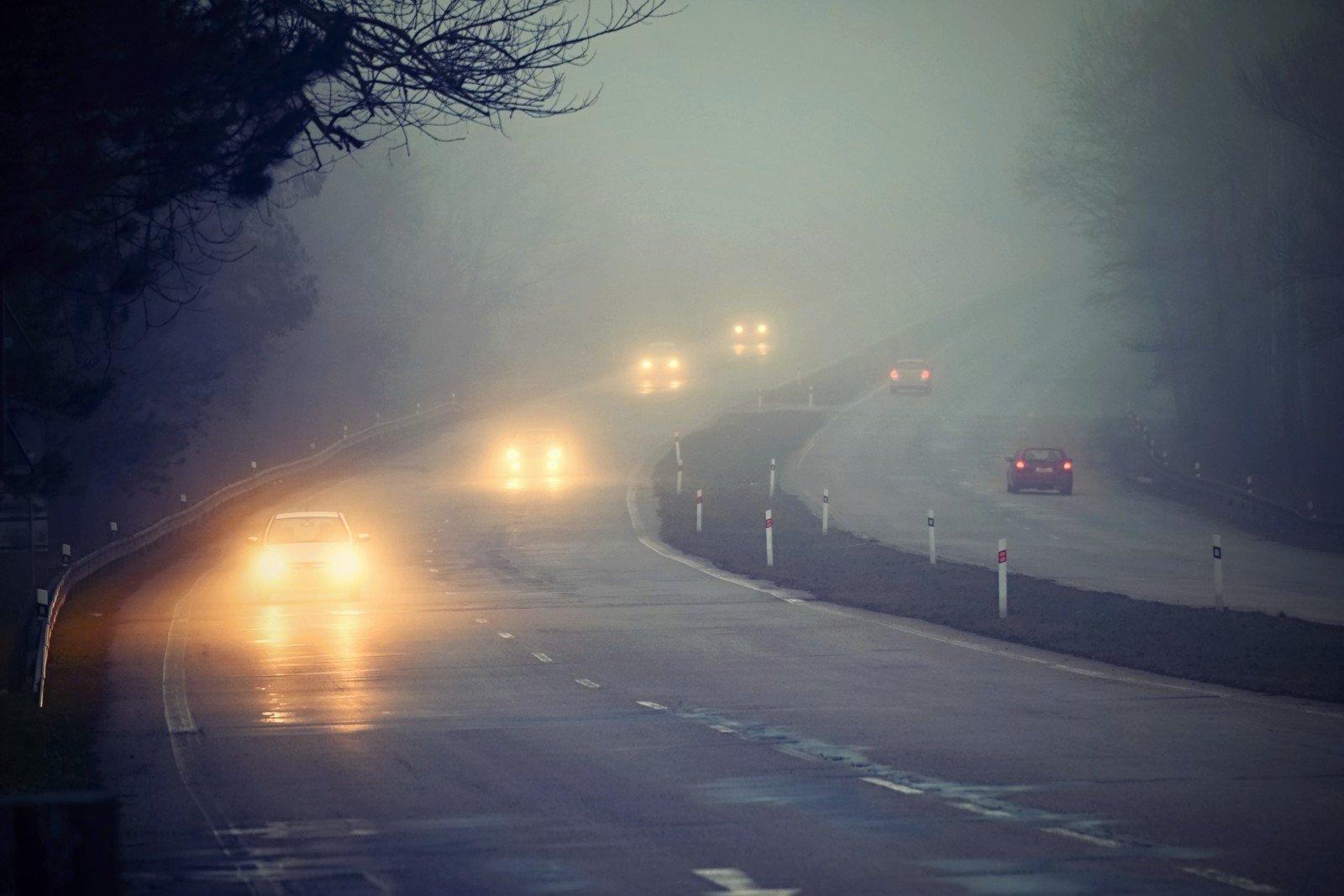 Как себя вести водителю в плохих погодных условиях